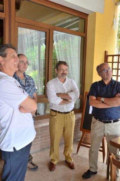 2012-104AUC-bonifacio (1)