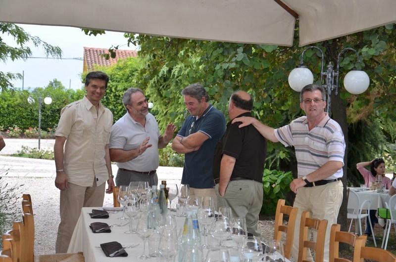 2012-104AUC-bonifacio (2)