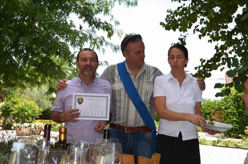 2012-104AUC-bonifacio (42)