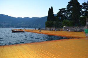 The Floating Piers di Christo sul lago di Iseo